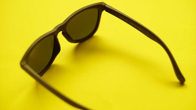 ユニクロとオークリーのサングラス