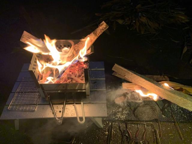 YOLER(ユーラー)の 焚き火台
