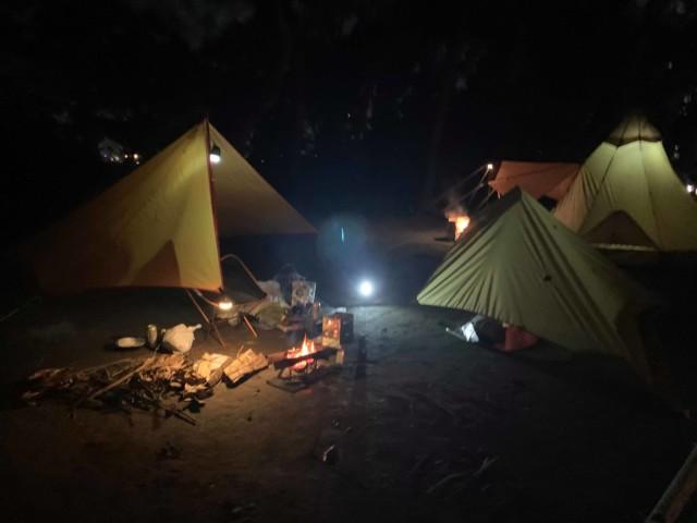 若洲公園キャンプ場 に行ってただ焚き火をしまくっただけの記事