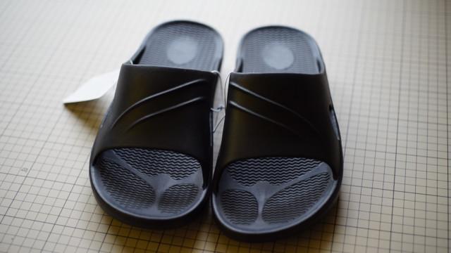 リカバリーサンダル をAmazonで販売された1480円のモデルより買った件