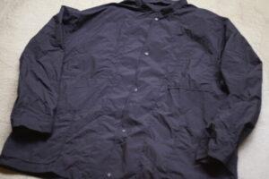 無印良品 ( MUJI Labo )の撥水リバーシブルシャツジャケットが名品の予感